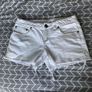 FREE PEOPLE - White Jean Shorts
